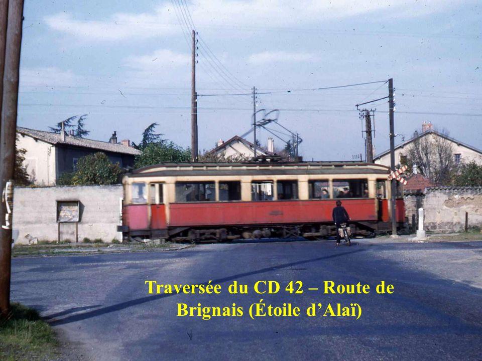 Traversée du CD 42 – Route de Brignais (Étoile d'Alaï)