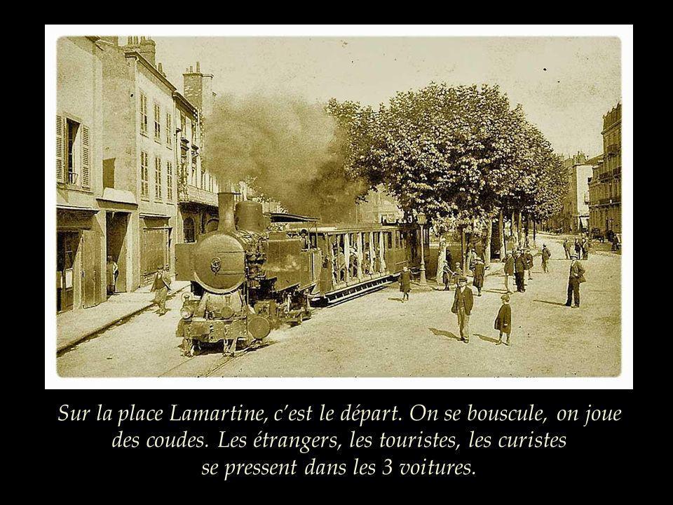 Sur la place Lamartine, c'est le départ