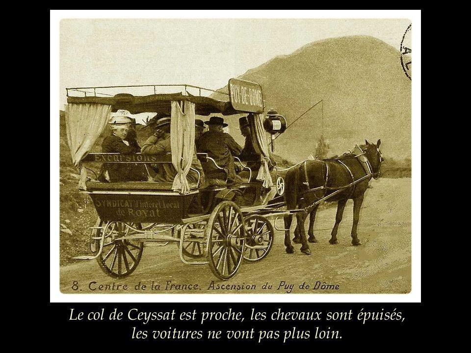 Le col de Ceyssat est proche, les chevaux sont épuisés, les voitures ne vont pas plus loin.