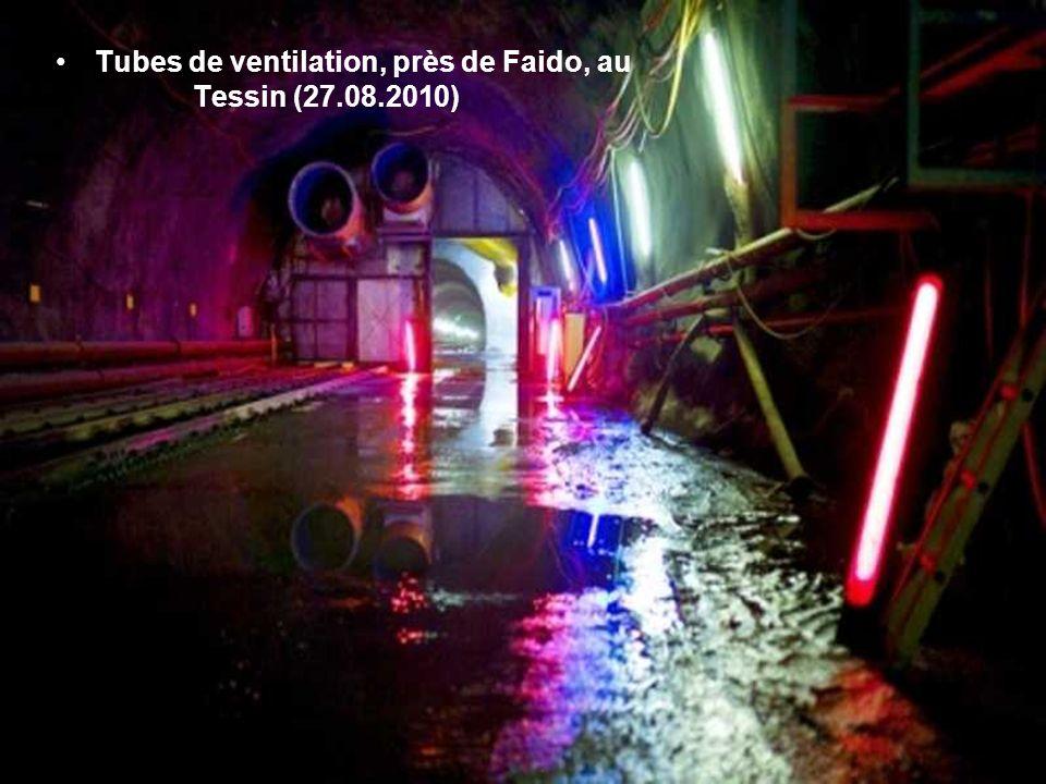 Tubes de ventilation, près de Faido, au Tessin (27.08.2010)
