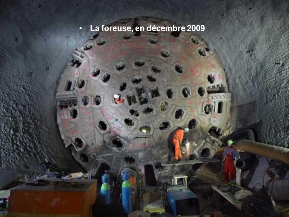 La foreuse, en décembre 2009