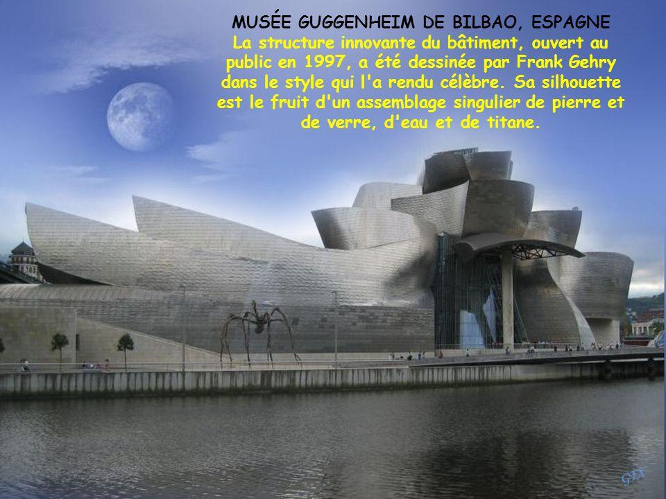 MUSÉE GUGGENHEIM DE BILBAO, ESPAGNE