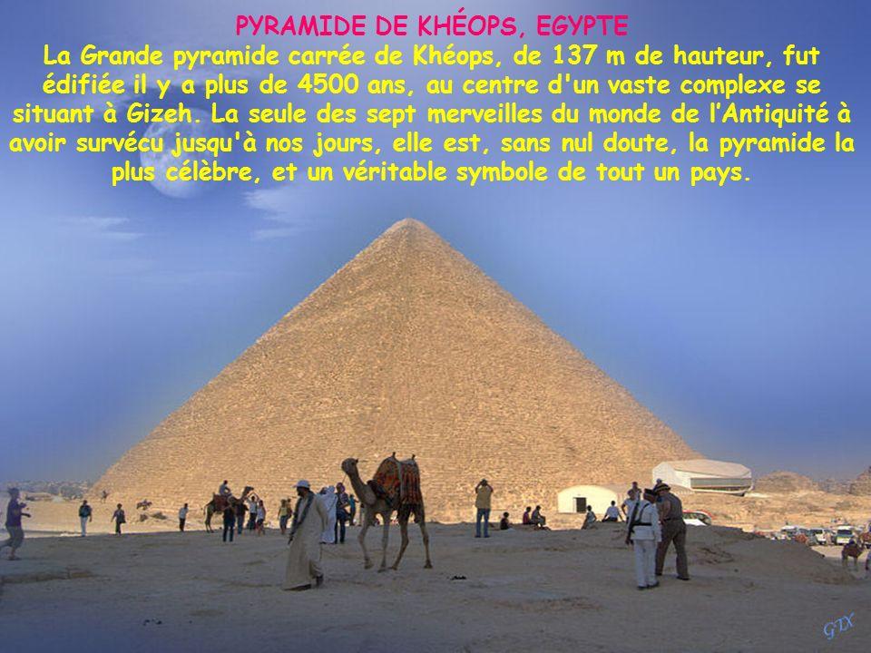 PYRAMIDE DE KHÉOPS, EGYPTE