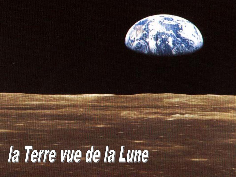 la Terre vue de la Lune