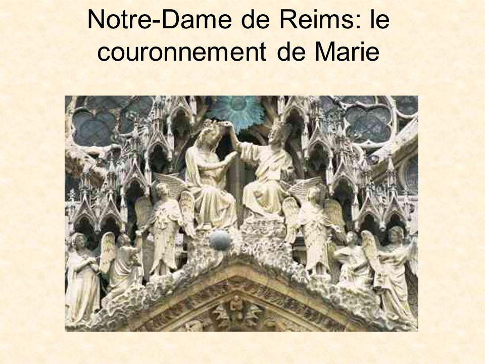 Notre-Dame de Reims: le couronnement de Marie