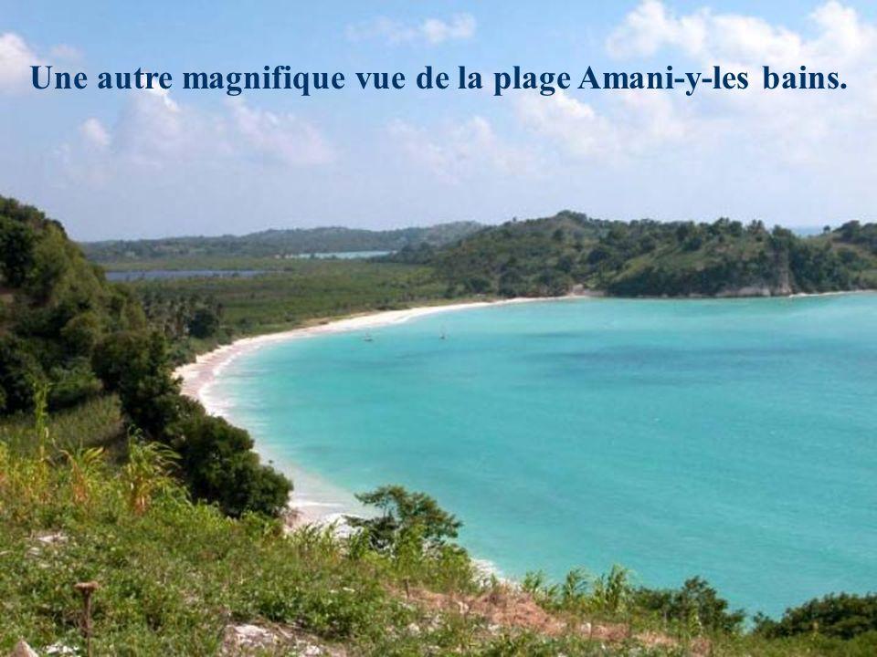 Une autre magnifique vue de la plage Amani-y-les bains.