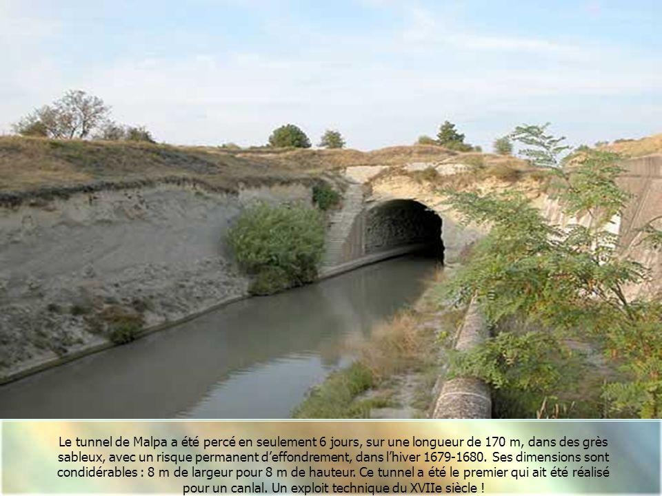 Le tunnel de Malpa a été percé en seulement 6 jours, sur une longueur de 170 m, dans des grès sableux, avec un risque permanent d'effondrement, dans l'hiver 1679-1680. Ses dimensions sont