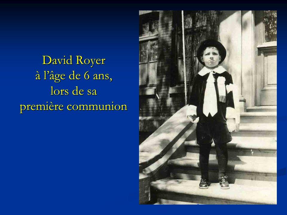 David Royer à l'âge de 6 ans, lors de sa première communion