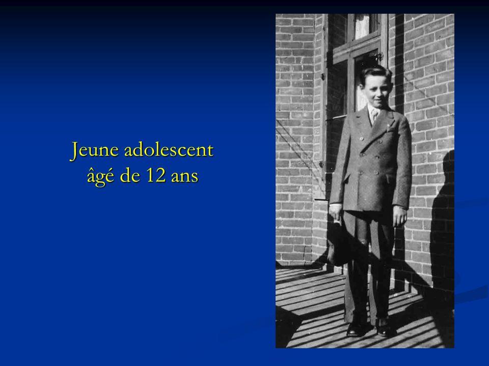 Jeune adolescent âgé de 12 ans