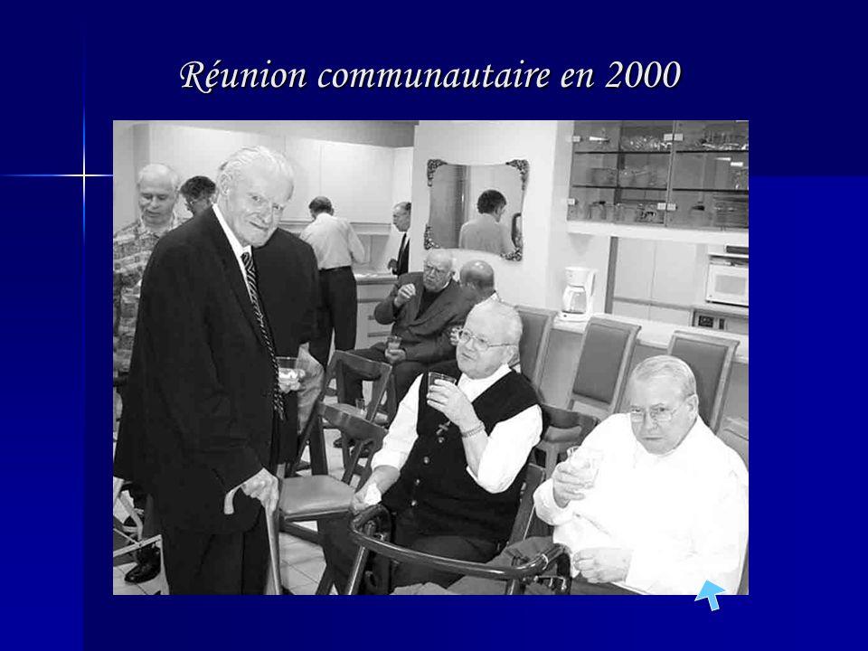 Réunion communautaire en 2000
