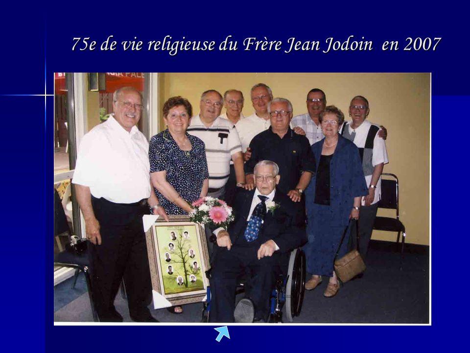 75e de vie religieuse du Frère Jean Jodoin en 2007