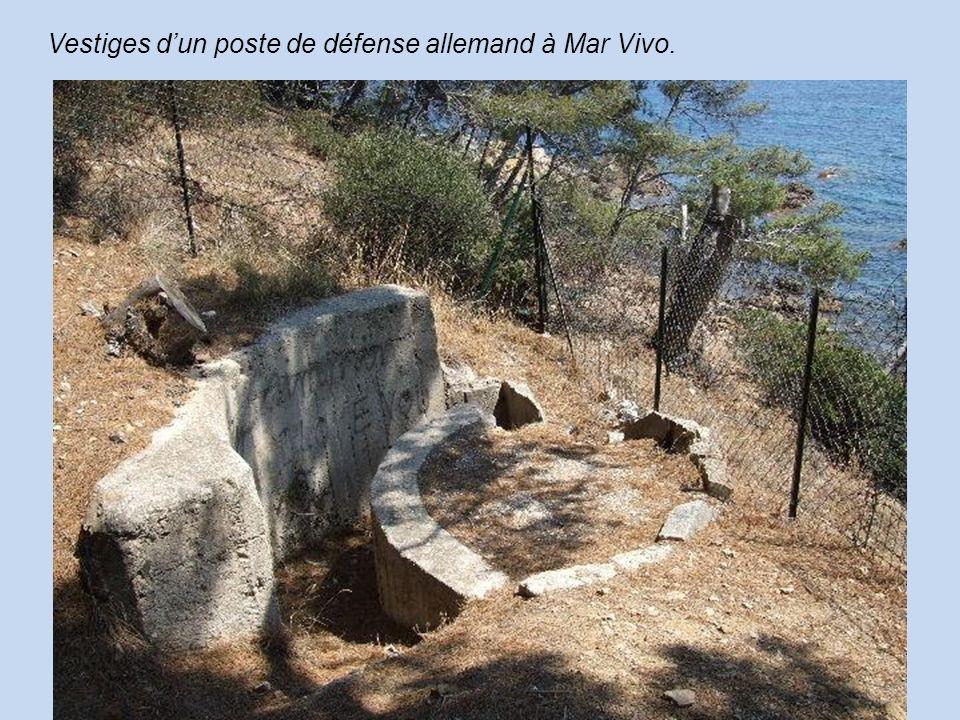 Vestiges d'un poste de défense allemand à Mar Vivo.