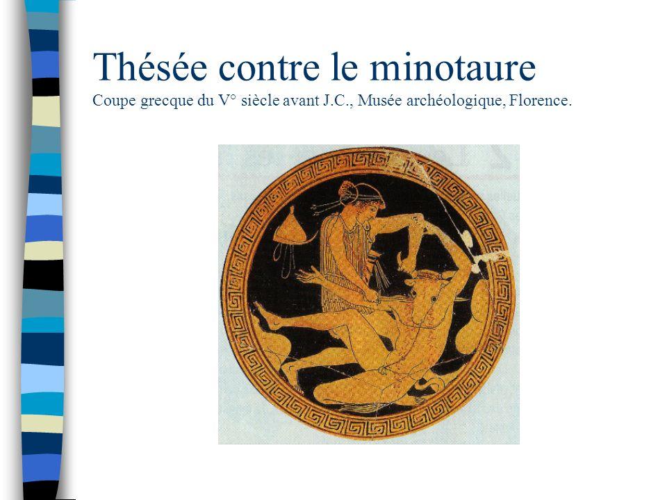 Thésée contre le minotaure Coupe grecque du V° siècle avant J. C