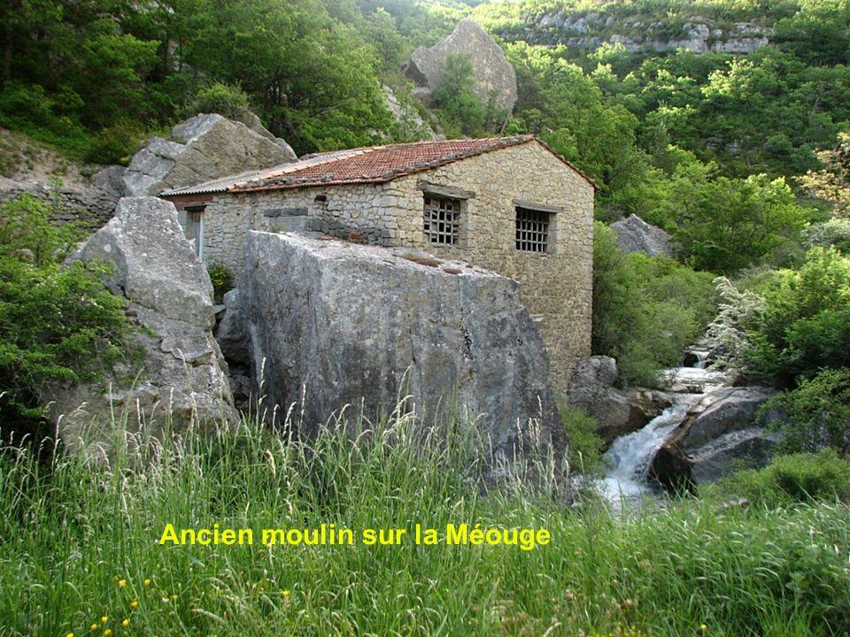 Ancien moulin sur la Méouge
