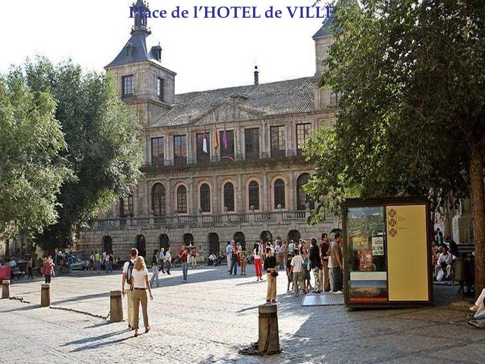 Place de l'HOTEL de VILLE