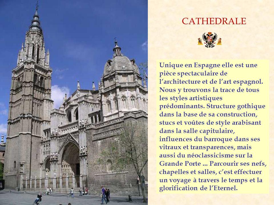 CATHEDRALE Unique en Espagne elle est une pièce spectaculaire de l'architecture et de l'art espagnol.
