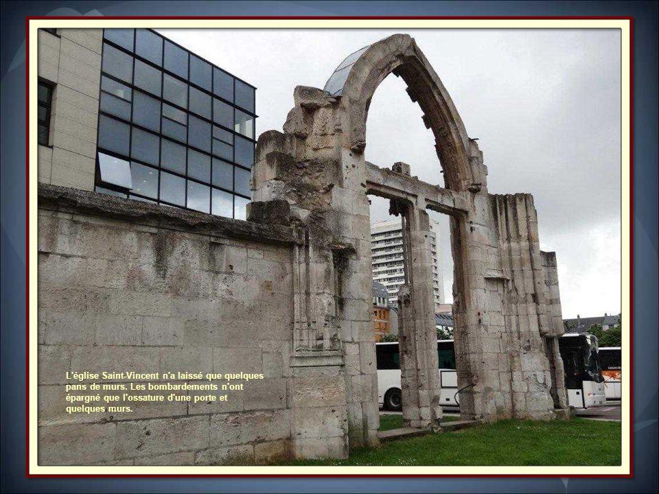 L église Saint-Vincent n a laissé que quelques pans de murs
