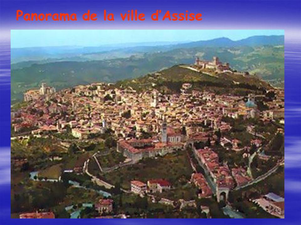 Panorama de la ville d'Assise