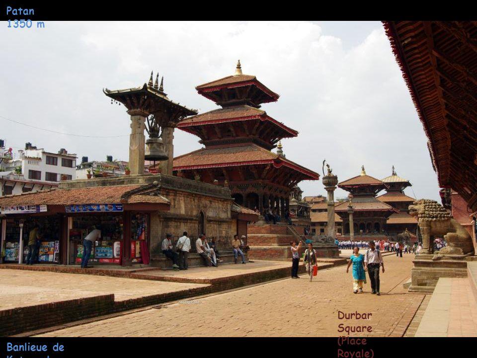Patan 1350 m Durbar Square (Place Royale) Banlieue de Katmandou