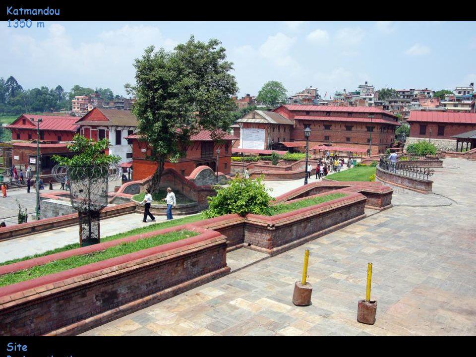 Katmandou 1350 m Site Pashupatinath