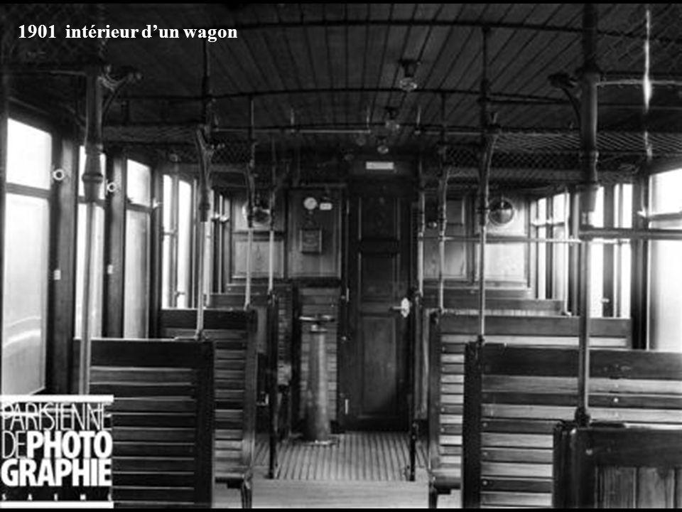 1901 intérieur d'un wagon