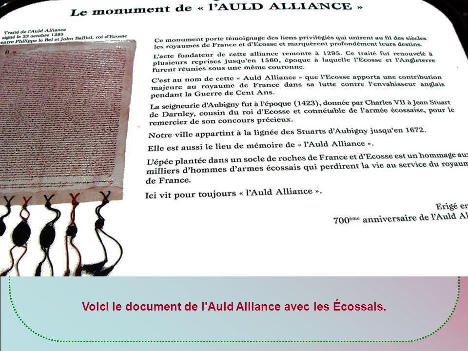 Voici le document de l Auld Alliance avec les Écossais.