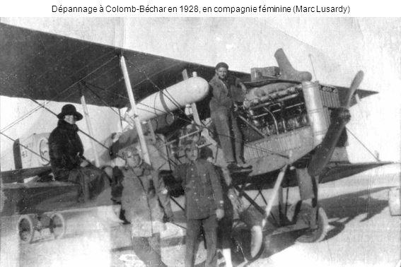 Dépannage à Colomb-Béchar en 1928, en compagnie féminine (Marc Lusardy)