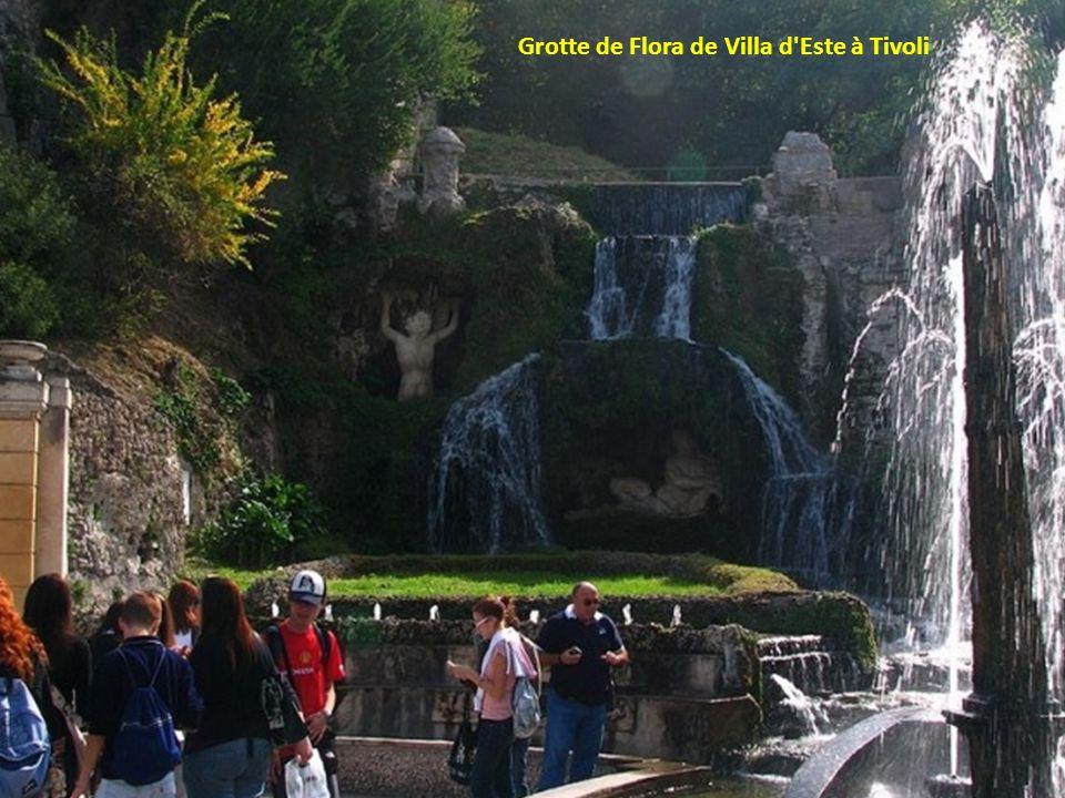 Grotte de Flora de Villa d Este à Tivoli