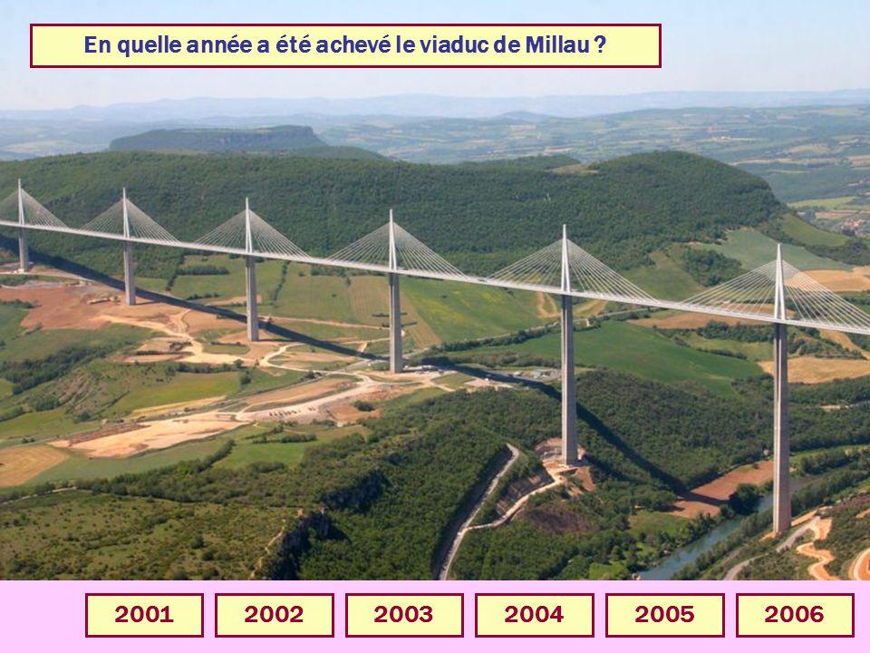 En quelle année a été achevé le viaduc de Millau