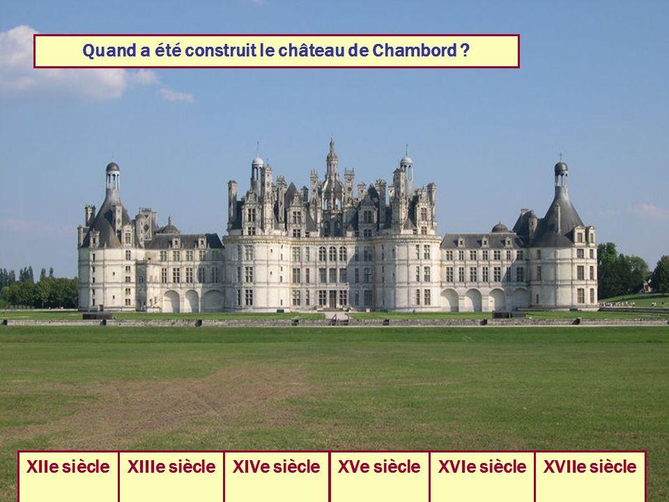 Quand a été construit le château de Chambord