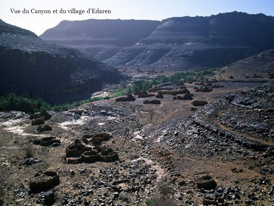 Vue du Canyon et du village d'Edaren