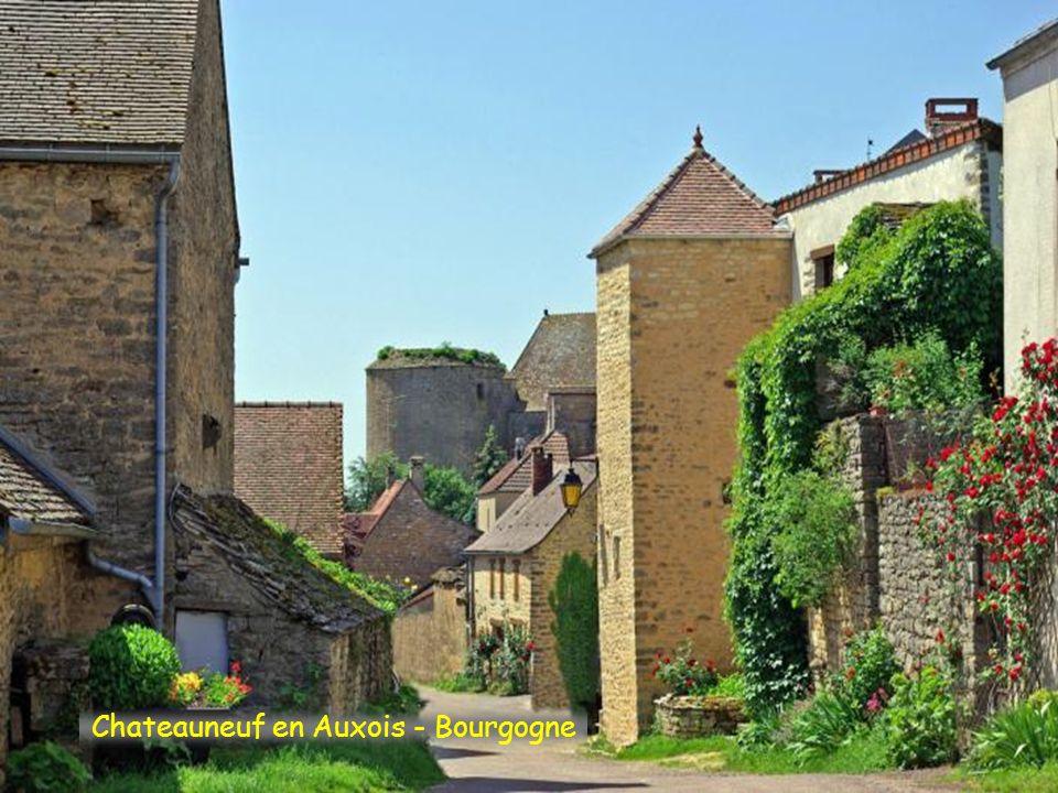 Chateauneuf en Auxois - Bourgogne