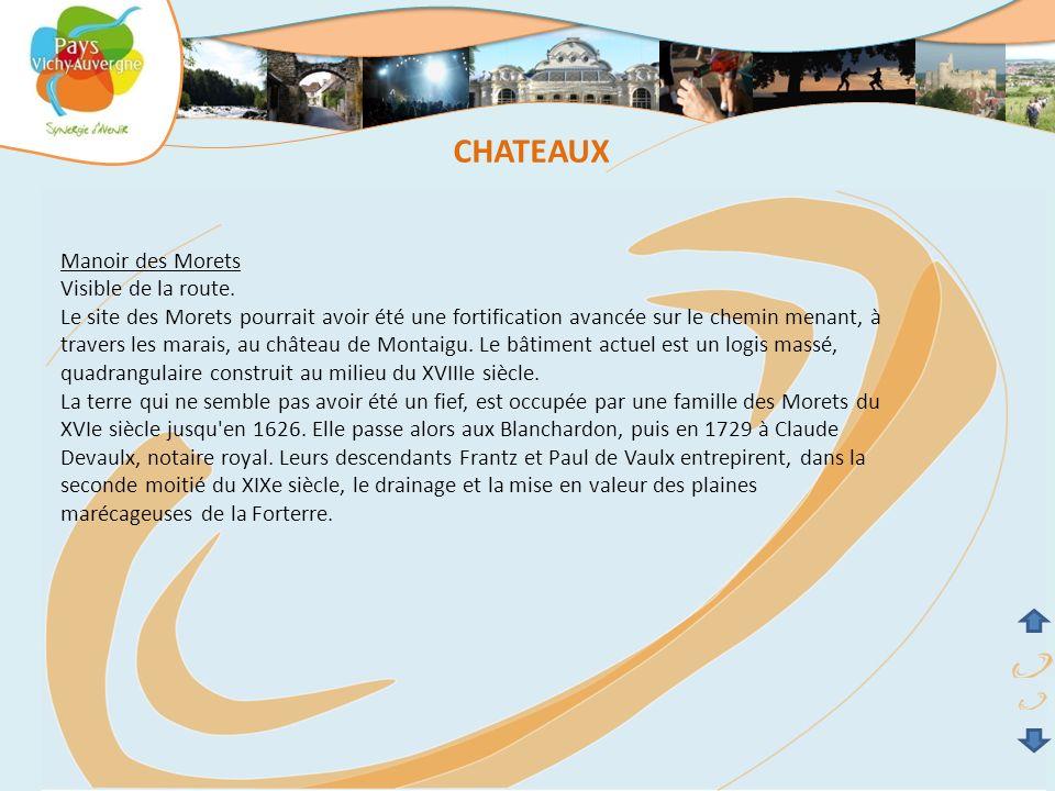 CHATEAUX Manoir des Morets Visible de la route.