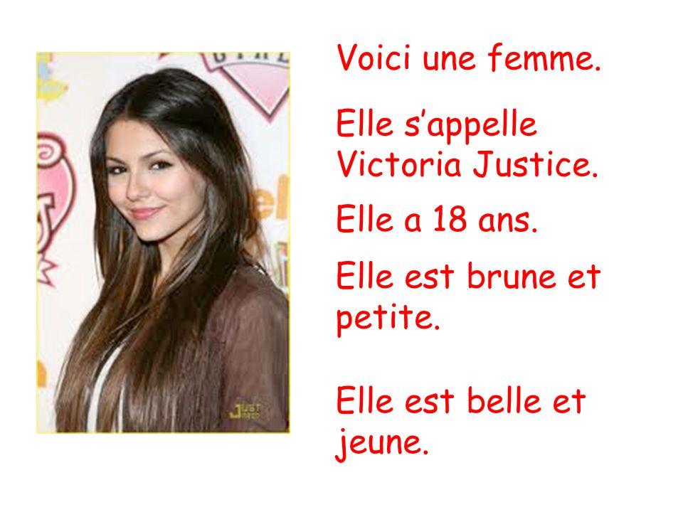 Voici une femme. Elle s'appelle Victoria Justice.