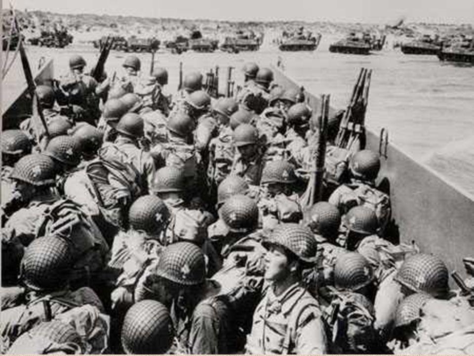 Le 6 juin 1944 à 6h 30 du matin, le 8e régiment de la 4e division d'infanterie américaine du général Barton, épaulé par des chars amphibies, débarque devant les dunes de La Madeleine, distantes de quelques kilomètres seulement du bourg de Sainte-Marie-du-Mont.