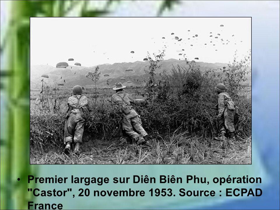 Premier largage sur Diên Biên Phu, opération Castor , 20 novembre 1953. Source : ECPAD France