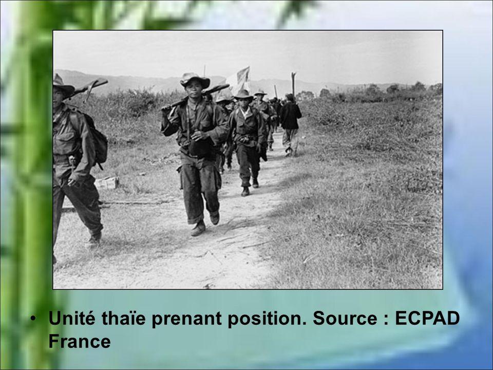 Unité thaïe prenant position. Source : ECPAD France