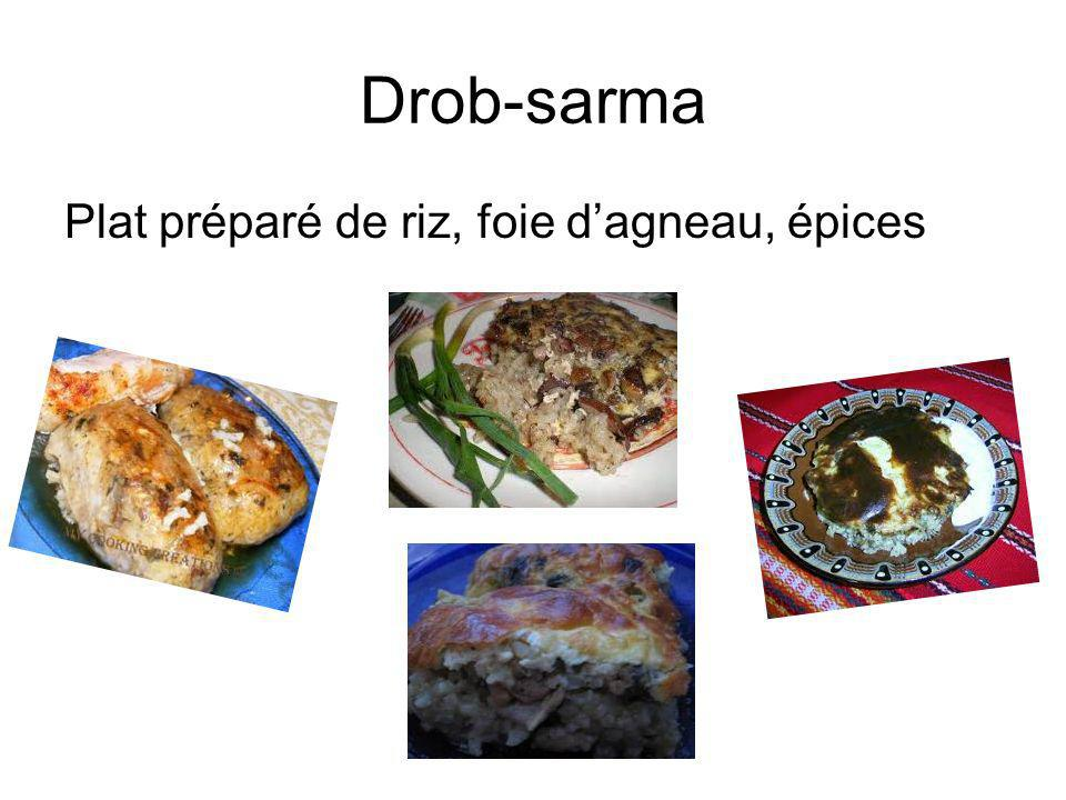 Drob-sarma Plat préparé de riz, foie d'agneau, épices