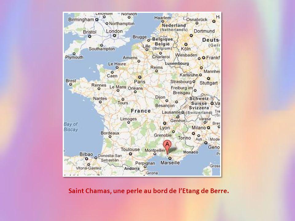Saint Chamas, une perle au bord de l'Etang de Berre.