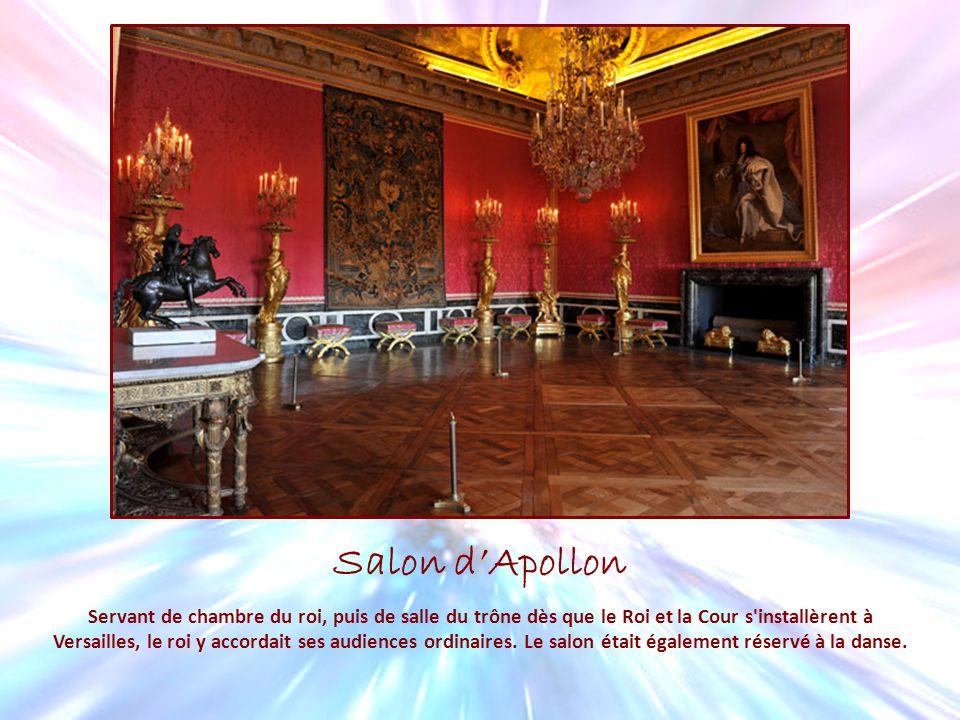 Ch teau de versailles ppt t l charger for Salon d apollon
