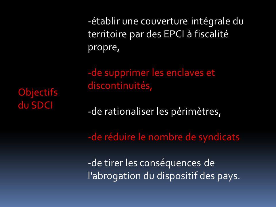 établir une couverture intégrale du territoire par des EPCI à fiscalité propre,