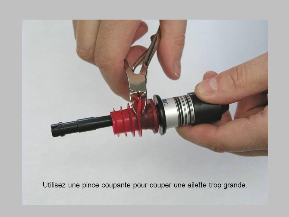 Utilisez une pince coupante pour couper une ailette trop grande.
