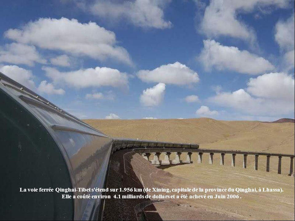 La voie ferrée Qinghai-Tibet s étend sur 1