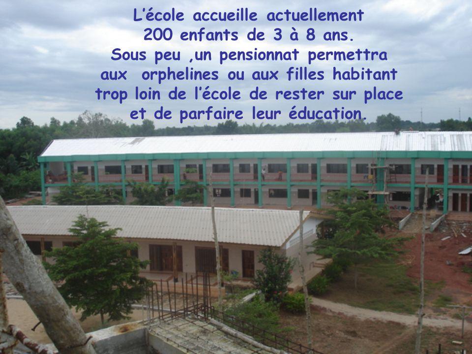 L'école accueille actuellement 200 enfants de 3 à 8 ans
