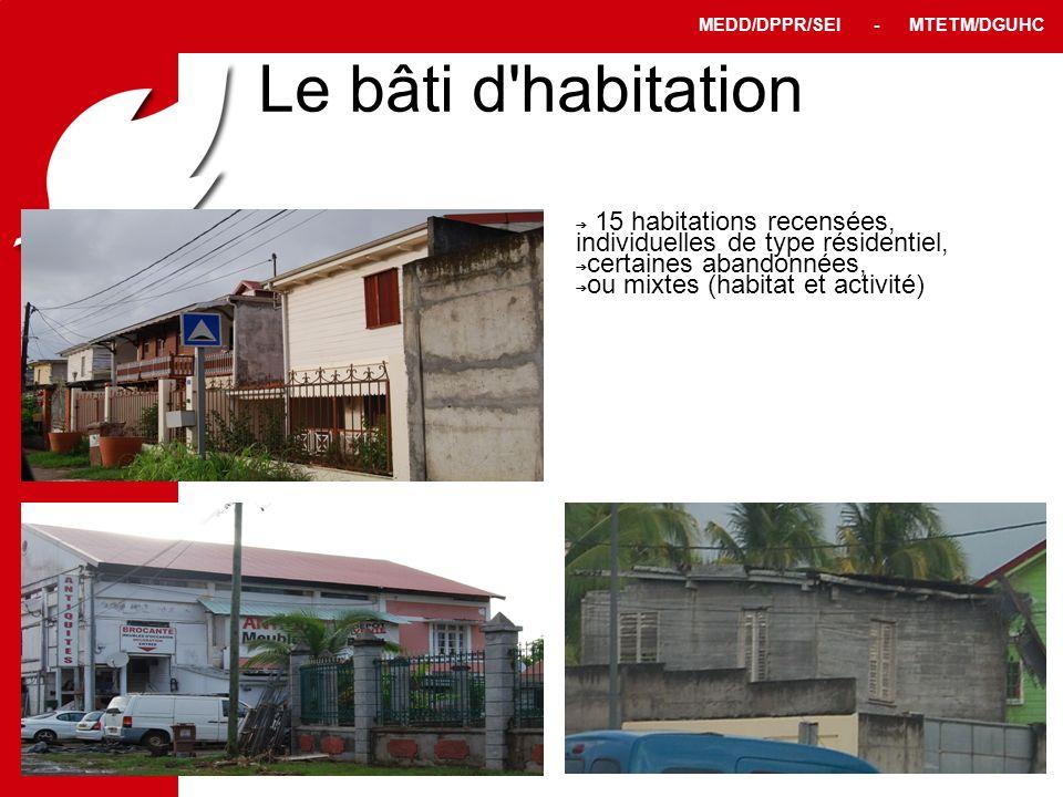 Le bâti d habitation 15 habitations recensées, individuelles de type résidentiel, certaines abandonnées,