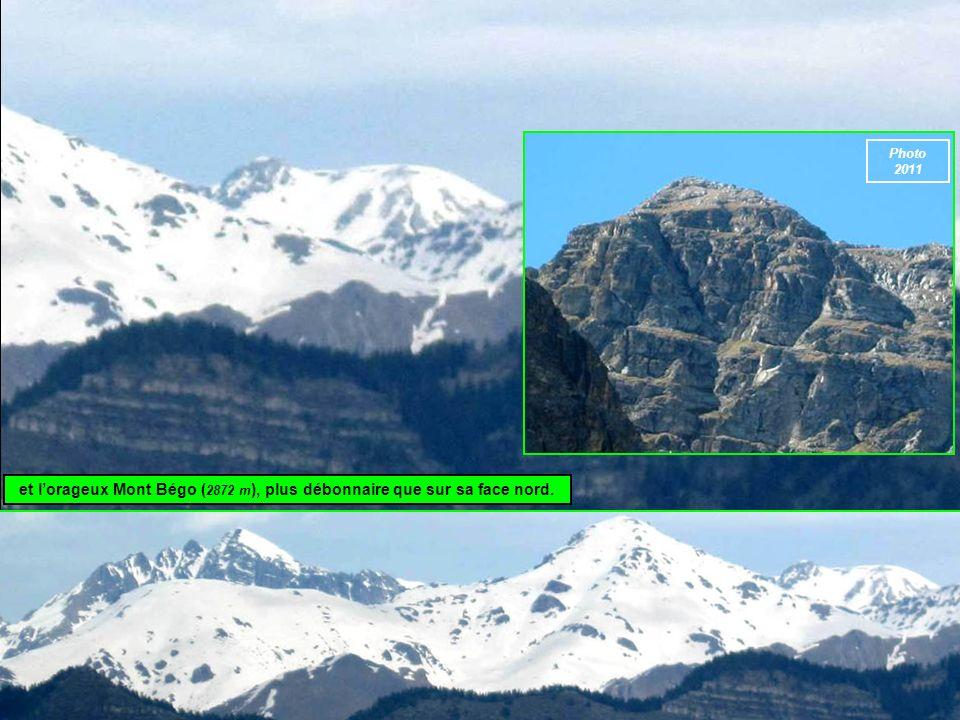 et l'orageux Mont Bégo (2872 m), plus débonnaire que sur sa face nord.