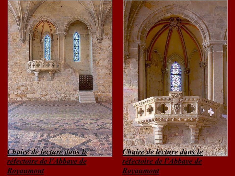 Chaire de lecture dans le réfectoire de l Abbaye de Royaumont