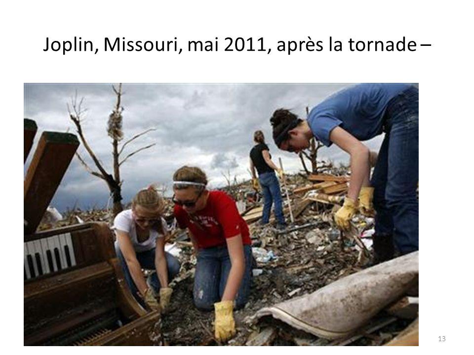 Joplin, Missouri, mai 2011, après la tornade –