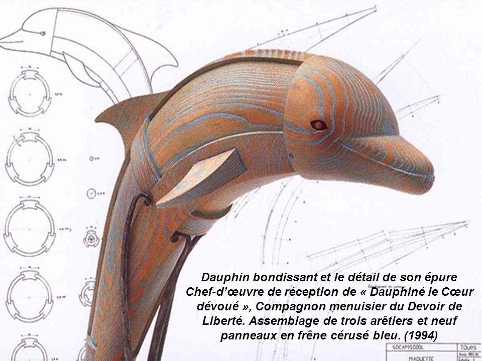 Dauphin bondissant et le détail de son épure Chef-d'œuvre de réception de « Dauphiné le Cœur dévoué », Compagnon menuisier du Devoir de Liberté.