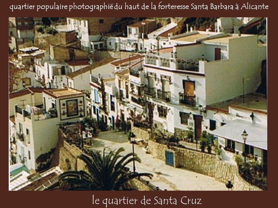 le quartier de Santa Cruz